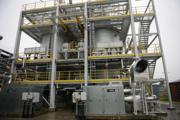 Kłótnia o tranzyt ropy do Czech - co z paliwami dla czeskich spółek Orlenu?