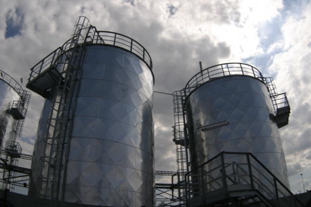 PERN zbuduje dwa zbiorniki na ropę w Plebance pod Płockiem