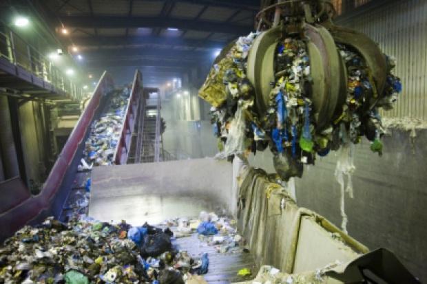 Przetarg na spalarnię odpadów w Szczecinie potrwa dłużej