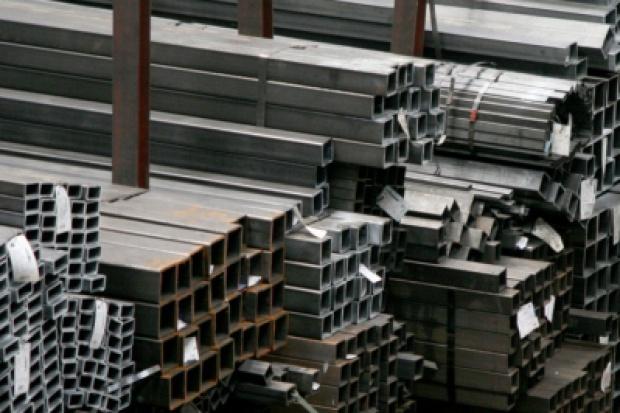 Dystrybutorzy stali inwestują i poszerzają zakres usług