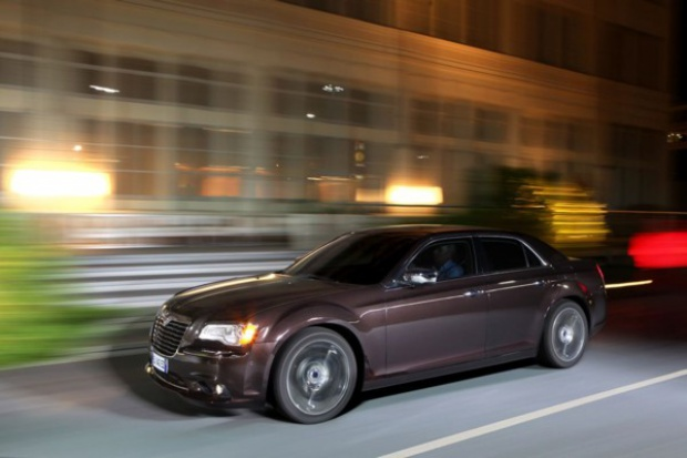 Maserati też wykorzysta Chryslera 300?