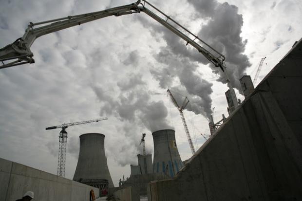 EBI: ok. 1,1 mld euro na finansowanie sektora energii w Polsce w 2012 r.