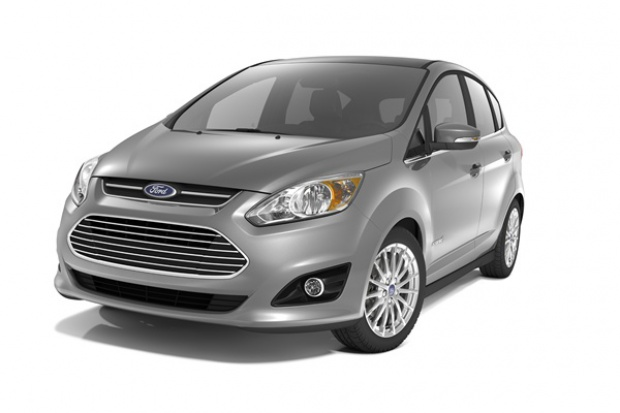 Zwiększa się popularność minivanów Forda