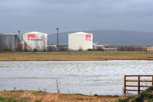Rosjanie pomogą bankrutującemu koncernowi Petroplus?