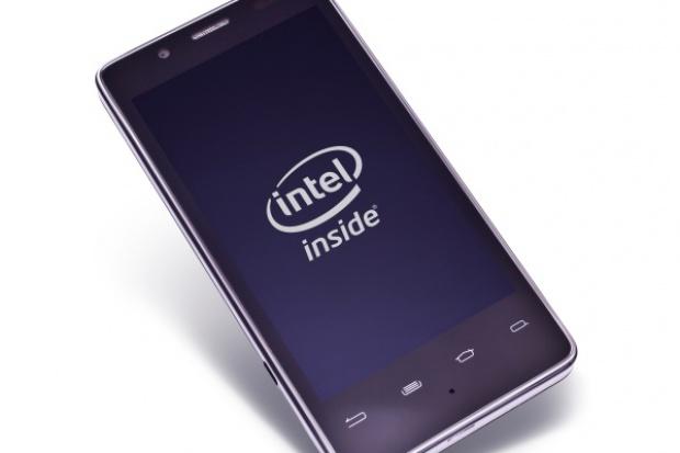 Motorola wprowadza intelowskie smartfony