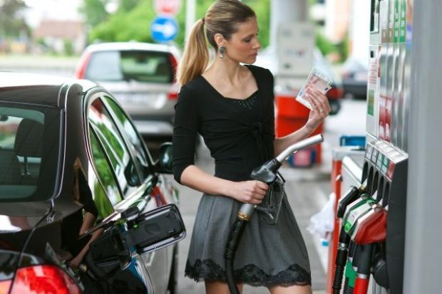 Drożejący olej pociągnie za sobą cenę benzyny