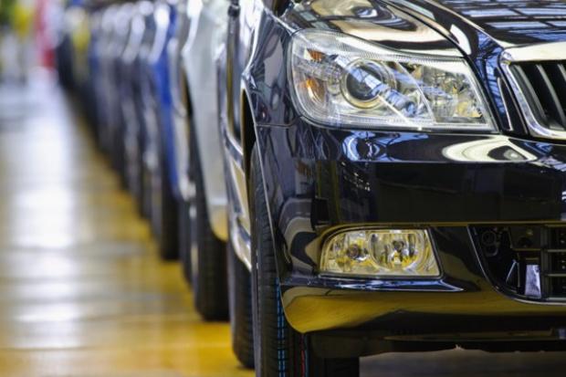 Coraz mniej nowych samochodów w Polsce