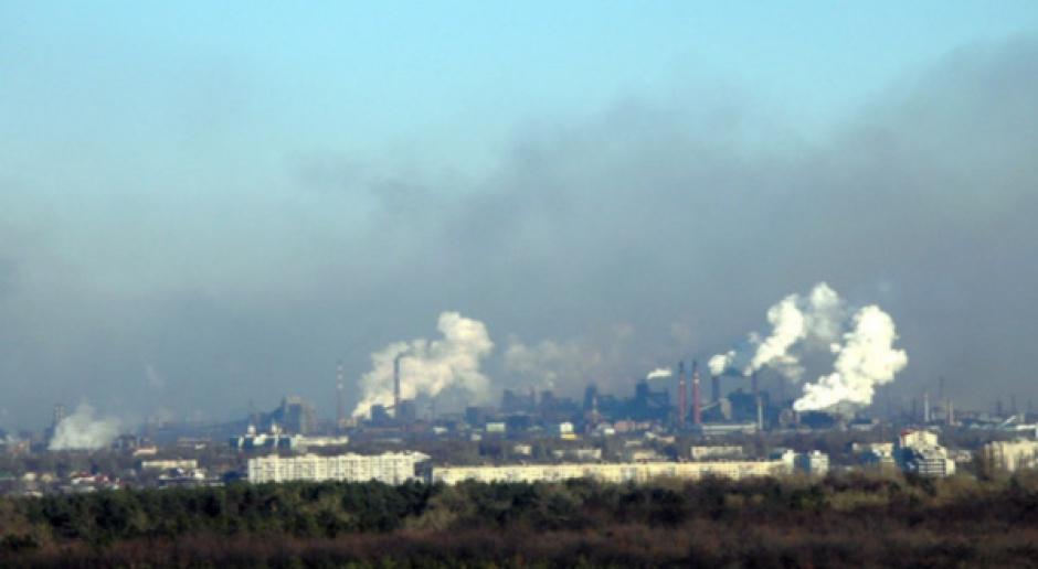 Redukcja emisji CO2 o 25 proc. pochłonie 1,1 mld euro