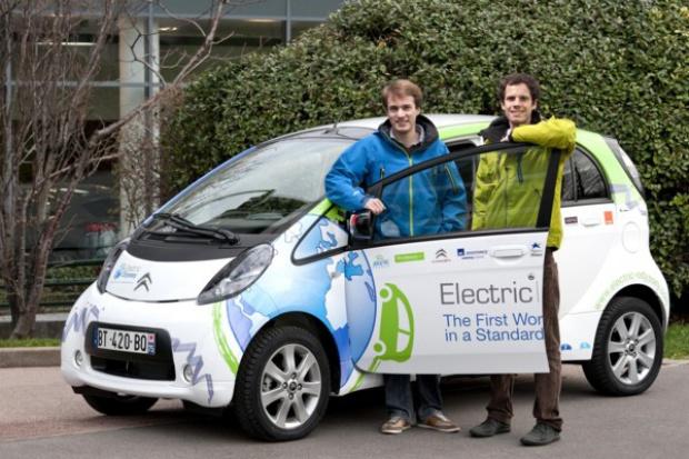 e-samochodem dookoła świata