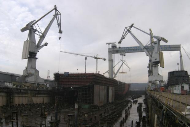 KE sprawdzi pomoc dla nabywców Stoczni Gdynia