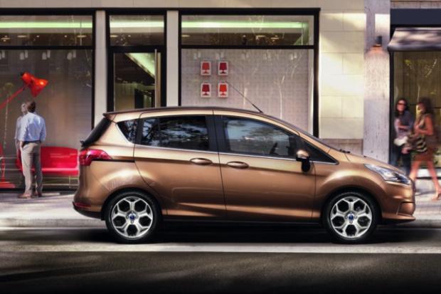 Dlaczego Ford pokazuje B-Maxa na targach telekomunikacyjnych?
