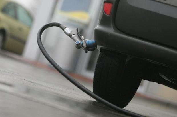 Wyższa akcyza na LPG ma odbudować popyt na benzynę