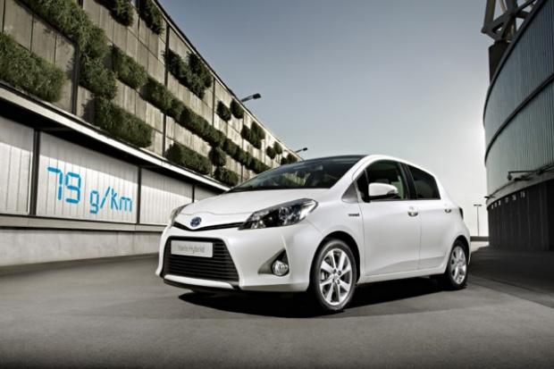 Toyota Yaris Hybrid: komu ekologicznego mieszczucha?