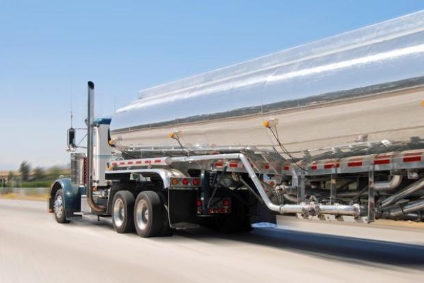 Spór o megaciężarówki i kształt nosa