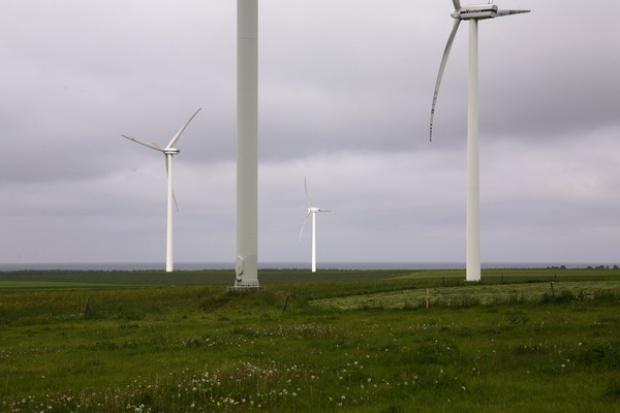 Współpraca TÜV Rheinland i RWE w morskiej farmie 295 MW
