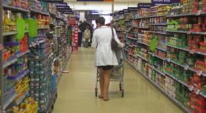 Czołowe zderzenie - supermarkety i dyskonty