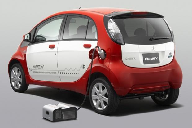 Jak przesłać prąd z e-auta do domu?