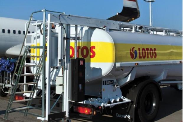 Lotos nadal może dostarczać paliwo na Okęcie