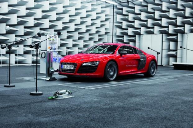 Jak powstaje syntetyczny warkot e-Audi?