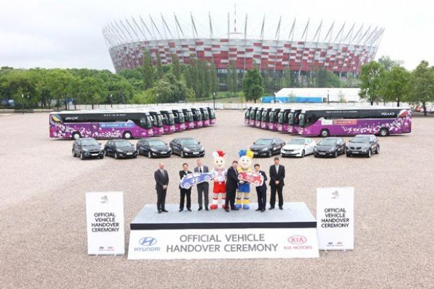 Hyundai i Kia dostarczają kolejne auta na UEFA EURO 2012