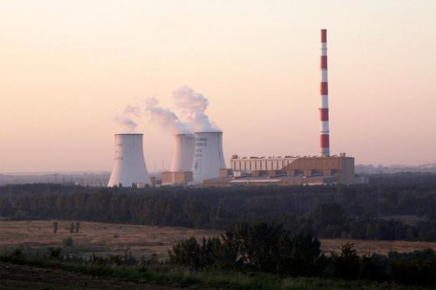 Tauron przesuwa oferty na blok 910 MW w Jaworzno III