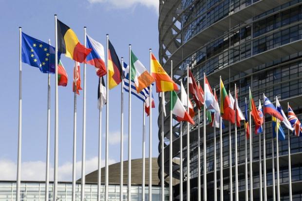 Raport: Polityka energetyczna UE zagraża gospodarce środkowej Europy