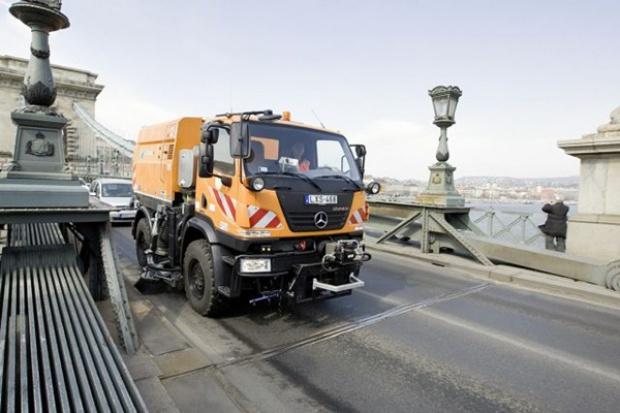 Co robi Unimog na starym mieście w Budapeszcie?