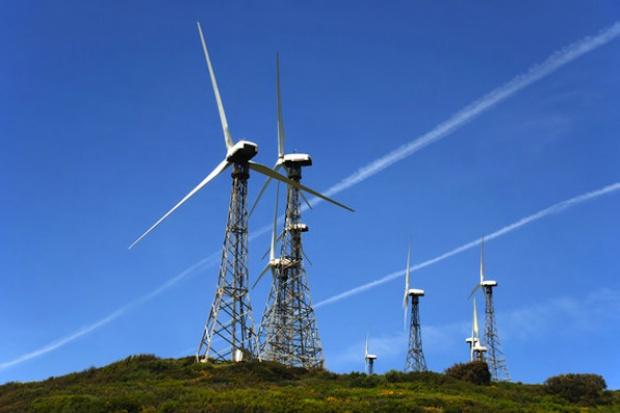 Raport: Energia z oze ciągle dużo droższa niż z węgla