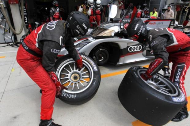 "Hybrydowe ""slicki"" Michelin pojadą po mokrym w 24h Le Mans"