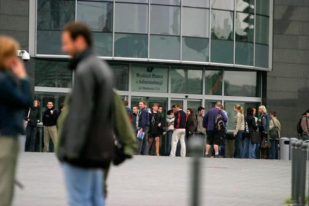 Uelastyczniać rynek pracy czy nie?