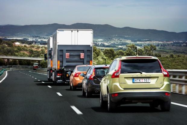 Volvo: krok w stronę samodzielności samochodów