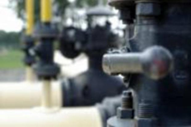 Państwo wykupi tylko 30 proc. zapasów ropy i paliw