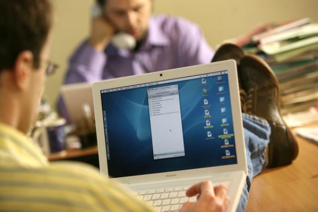 Duże firmy zwiększają wydatki na informatykę