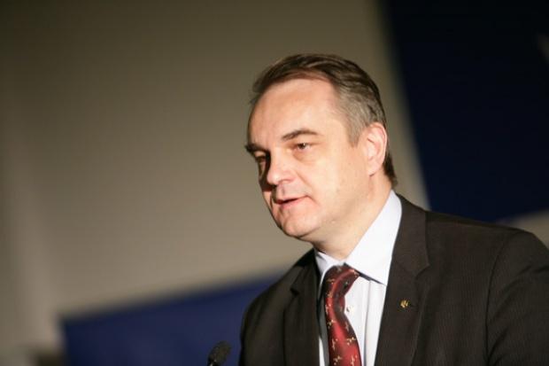 Waldemar Pawlak zachwala elektryczne samochody