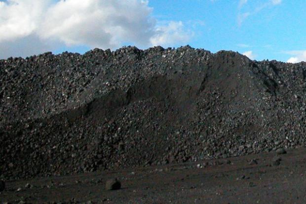 Rosną zapasy węgla w kopalniach