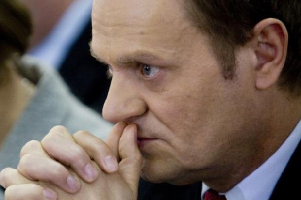 Tusk: restrukturyzacja i udział banków warunkiem pomocy państwa dla firm budowlanych