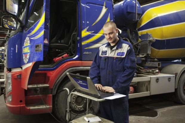Volvo: większa dyspozycyjność dzięki łączności bezprzewodowej