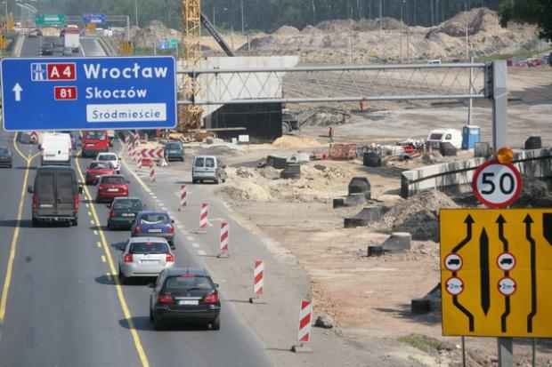 73 mln zł domagają się firmy budujące drogi