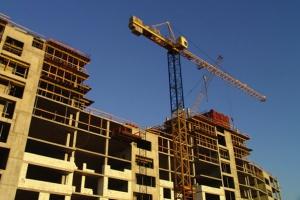 Banki udzielają coraz mniej kredytów mieszkaniowych
