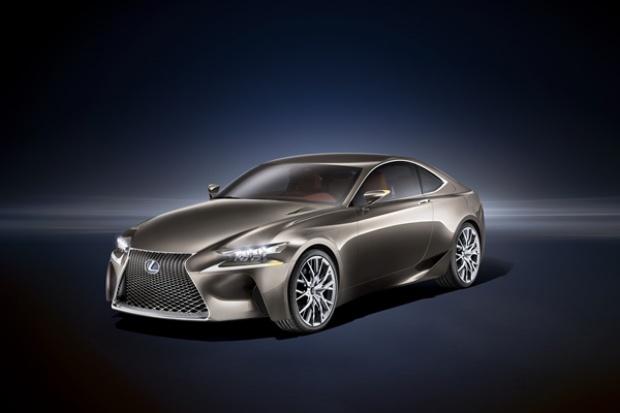 Lexus modyfikuje układ hybrydowy