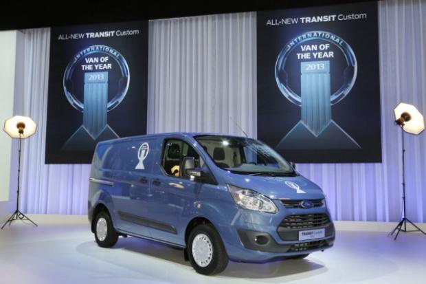 "Ford Transit Custom z tytułem ""International Van of the Year"""