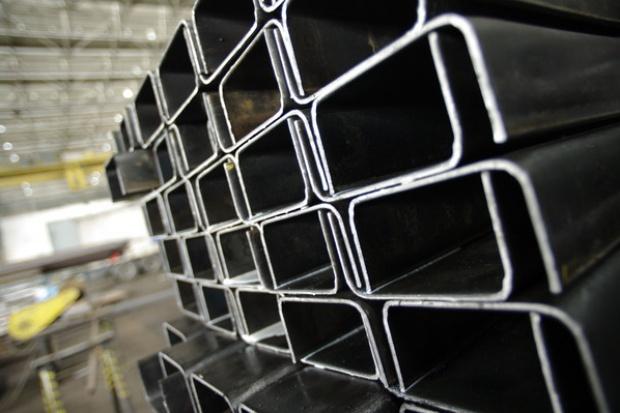 Kryzys w budowlance uderza w dystrybutorów stali