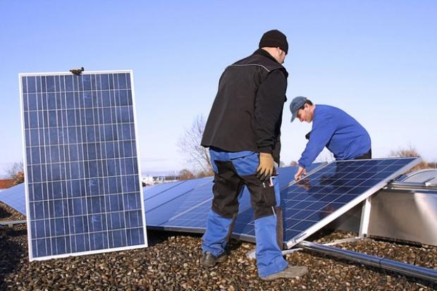 Coraz większe problemy chińskich paneli słonecznych