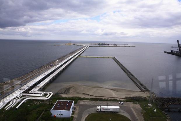 Naftoport bez tranzytu, ale z większym importem