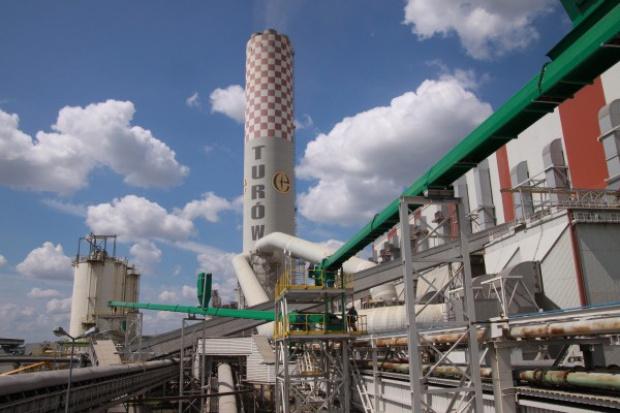 PGE na wniosek Alstomu przesuwa oferty na Turów