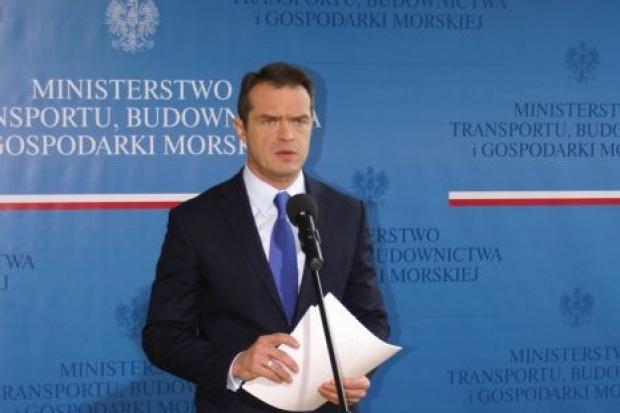 Minister transportu: pieniądze na tory, drogi i mieszkania