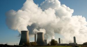 Analitycy: albo gaz łupkowy, albo projekt jądrowy