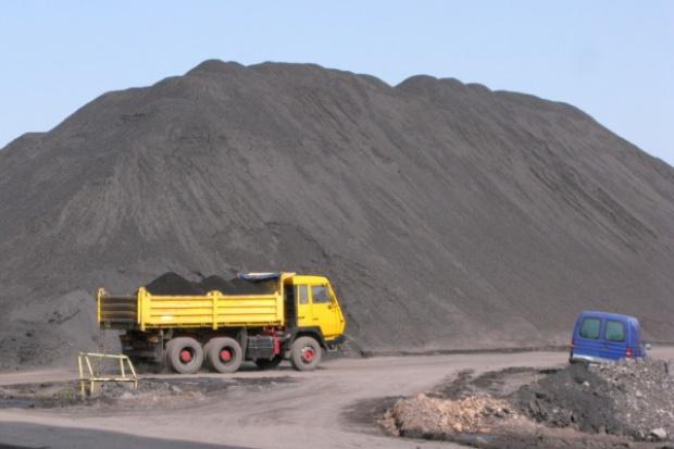 Wzrosło wydobycie węgla, wzrosły też zwały