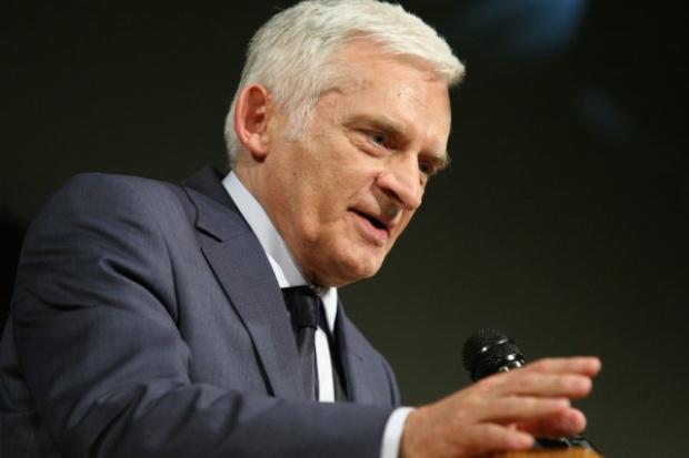 J. Buzek: polityczna walka o węgiel nie ma szans