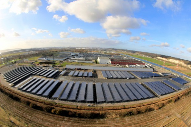 Renault uruchamia wielki system ogniw fotowoltaicznych